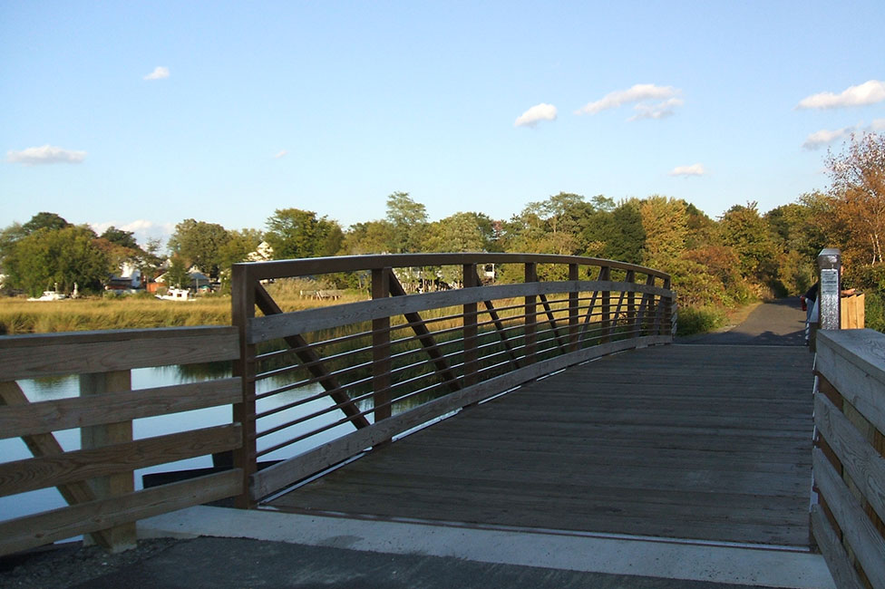 replacement of the henry hudson trail bridge over thorne